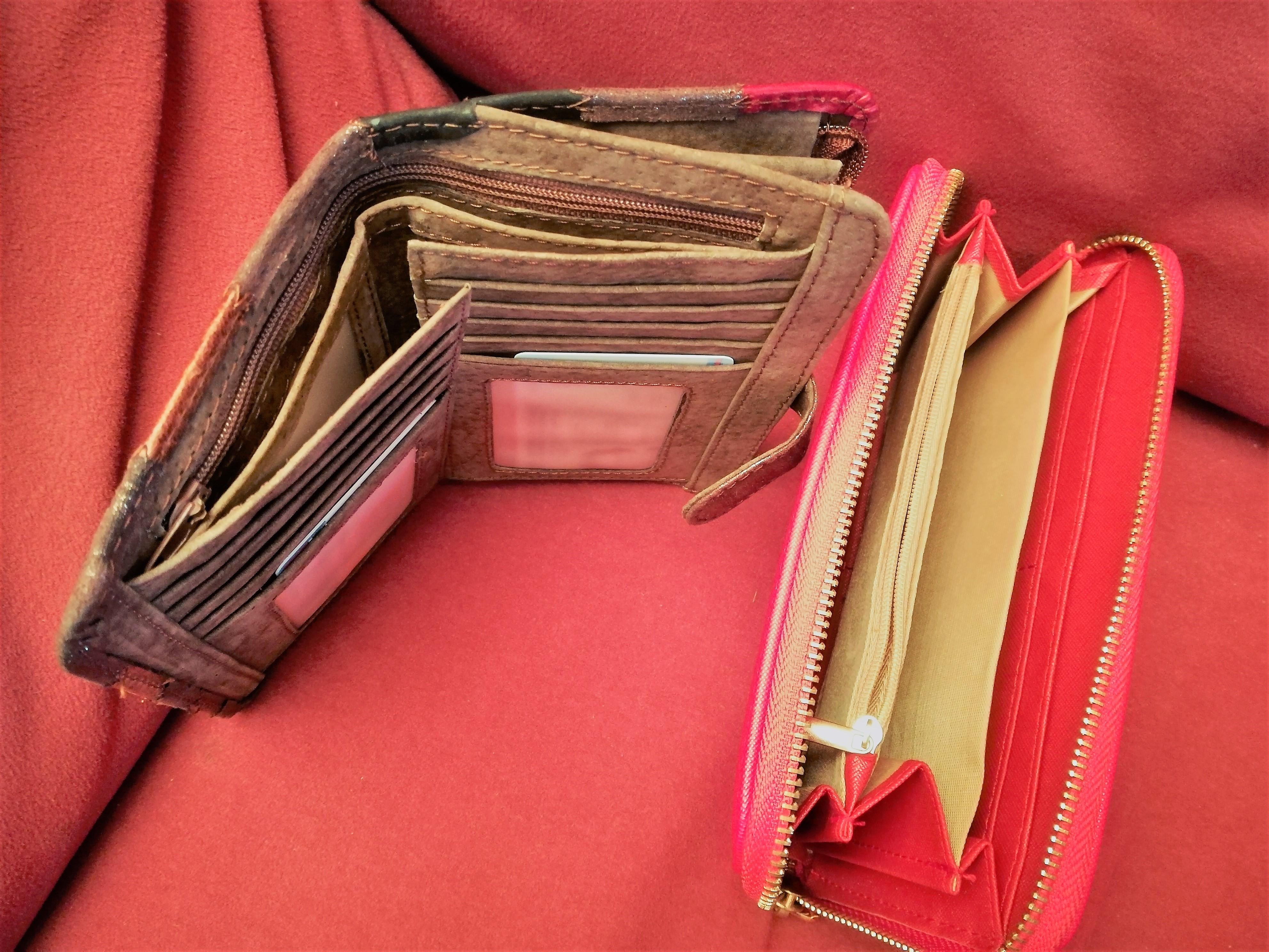 Togliere la gestione del denaro ad un genitore